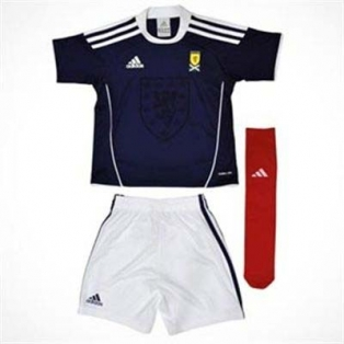 2011 Little Boys Scotland Football Kit - Home